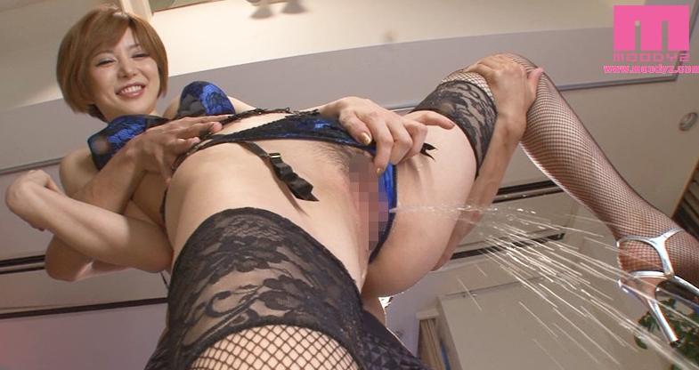 【ホテヘル体験談】聖水浴び初プレイ!痴女ギャルに放尿されてみた